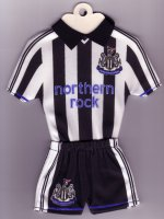 Newcastle United - Home - 2003-2004, 2004-2005 - Thanks to TOPteams