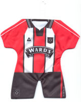 Sheffield United - Home 1997-1998, 1998-1999 - backside is 1997-1998 (Away) / 1998-1999 (3rd)