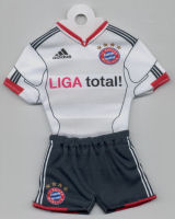FC Bayern München - Away 2010-2011, 2011-2012 - Thanks to TOPteams