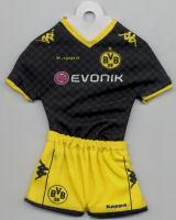 Borussia Dortmund - Away 2010-2011 - Thanks to TOPteams