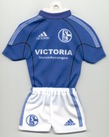 Schalke 04 - Home 2002-2003 - Thanks to TOPteams