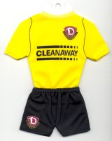 1. FC Dynamo Dresden - Home 2005-2006 - Thanks to TOPTeams